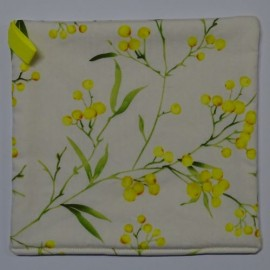 Golden Wattle Pot Holder